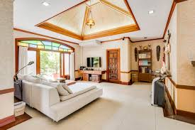 5 bedrooms homes for rent