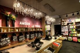 Interior Store Design And Layout Lululemon Goes Beyond The In Store Experience