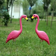 17 best 1000 ideas about yard flamingos on pink flamingo