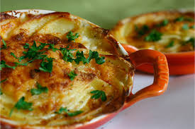 cuisine gratin dauphinois gratin dauphinois scalloped potatoes pham fatale