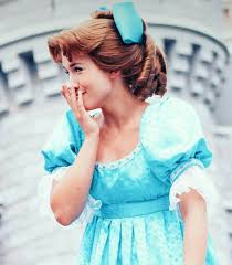 wendy is the cutest neverland nostalgia pinterest peter