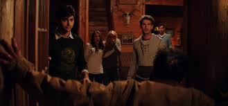 cabin fever movie 2002 review 2016 s cabin fever lacks the soul of the original bloody