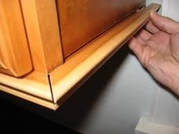 cabinet door trim molding gap between the molding and cabinet