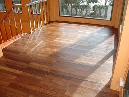Glueless Laminate Flooring Laminate Flooring Vs Hardwood Durability