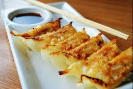 recette cuisine japonaise facile recette de gyozas ravioli japonais facile et rapide