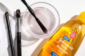 slider 1 how the experts clean their brushes white vinegar makeup