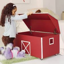 Barn Toy Box Woodworking Plans Best 25 Kids Toy Chest Ideas On Pinterest Diy Toys Build Kids