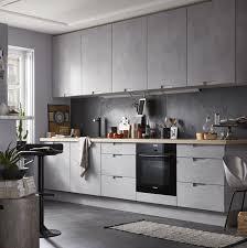 cuisine moderne effet beton gris equipée modèle delinia berlin