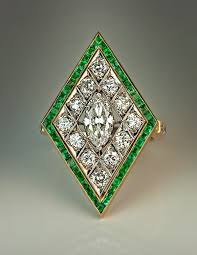 1920s art deco diamond emerald engagement ring antique jewelry