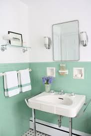 best vintage bathrooms ideas on pinterest cottage bathroom model