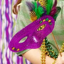diy mardi gras costumes throw a mardi gras party better homes gardens