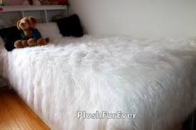 Faux Fur Bed Throw Promo Off 30 Mongolian White Faux Fur Bedspread Comforters