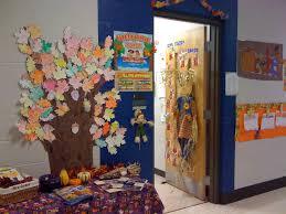 class door decorations u0026 christmas door decorations ideas for the