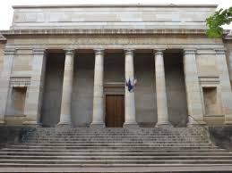 bureau du procureur tribunal correctionnel de chalon le dossier du prévenu de retour