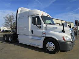 freightliner trucks for sale freightliner trucks in bakersfield ca for sale used trucks on
