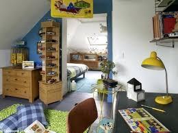 deco chambre garcon 9 ans beautiful idee deco chambre garcon 9 ans ideas lalawgroupus jaune et