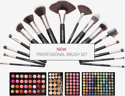 professional makeup artist schools online qc makeup academy offers professional makeup courses online learn