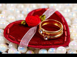 valentines day gifts valentine day special gift ideas appealing gold ring red roses red