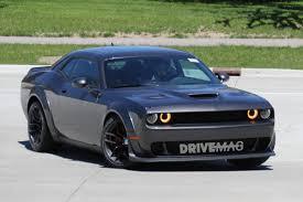Dodge Challenger Srt - widebody dodge challenger srt hellcat spied flashing demon body parts