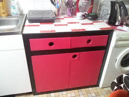 cuisine noir et rouge meuble de cuisine rouge et noir photo de meubles en carton