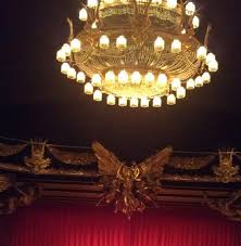Phantom Chandelier Chandelier And Statue Picture Of The Phantom Of The Opera