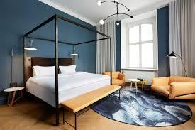 Designer Esstisch Kaleidoskop Effekte Fusion Hotel U2013 Comfy Triple Room Travel Pinterest