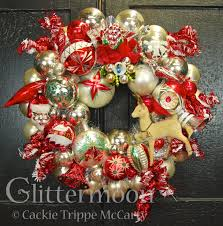 new wreaths u2026finally glittermoon vintage christmas