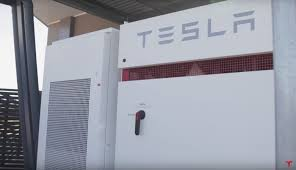 australian college powers dorm using tesla powerpack and 100kw
