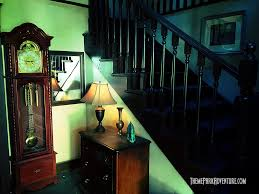 universal studios halloween horror nights 2015 sneak peek of insidious return to the further at universal