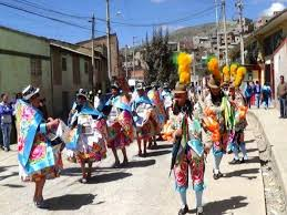 cerro de pasco noticias de cerro de pasco diario correo fiesta de las cruces se celebra con coloridas danzas en cerro de