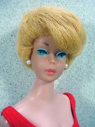 how to cut a bubble cut hair style 1960 s brassy blonde bubble cut barbie white lipstick still