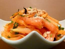 cuisiner la papaye salade de papaye carotte recette ptitchef