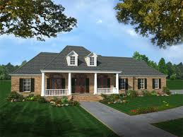 southern style house plan 4 beds 3 00 baths 2501 sq ft plan 21 176