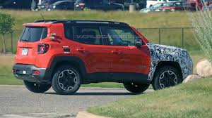 jeep renegade exterior mysterious jeep renegade prototype spied in michigan motor1 com