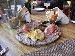 outback steakhouse open thanksgiving husk restaurant downtown new southern bar restaurants