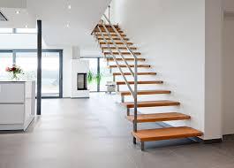 treppen aus holz jenniches treppen der treppenbau profi für ihre neue holztreppe