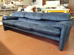 cassina divano foto rifaciemnto in alcantara divano maralunga di cassina di