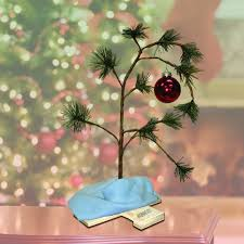 18 inch peanuts brown tree with linus blanket