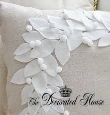 Christmas Pillows Pottery Barn Best 25 Christmas Pillow Ideas On Pinterest Christmas Pillow