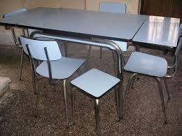 relooker table de cuisine relooker une table de cuisine patiner une vieille table de cuisine