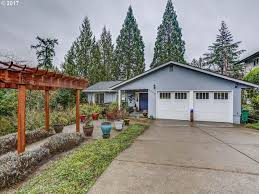 Southwest House 6960 Sw Gable Pkwy Portland Or 97225 Mls 17261673 Redfin