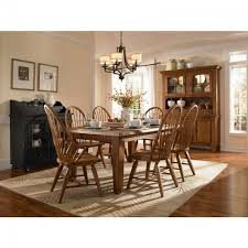 Broyhill Dining Table And Chairs Attic Heirlooms Dining Room Set By Broyhill Furniture