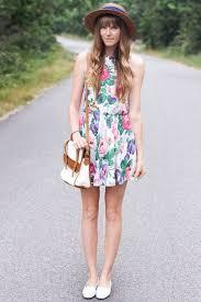 ten ways to wear wild print dresses this summer teen vogue