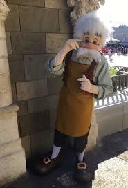 table service magic kingdom pinocchio village haus in magic kingdom to soon start table service
