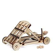 exclusive wooden catapult kit thinkgeek
