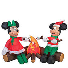 Mickey And Minnie Outdoor Christmas Decor by Christmas Outdoor Decor Airblown Minnie Mouse