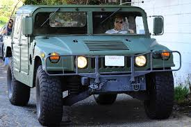 futuristic military jeep best luxury suv guide u2014 gentleman u0027s gazette