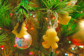 how to beeswax and fabric scrap ornaments crafting a green world