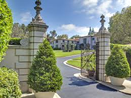 How Many Square Feet In Half An Acre The 25 Most Expensive Homes For Sale In The U S Right Now