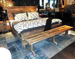 rustic pine king size bed frame diy room en coccinelleshow com